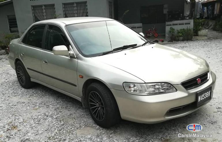 Picture of Honda Accord Automatic 2001