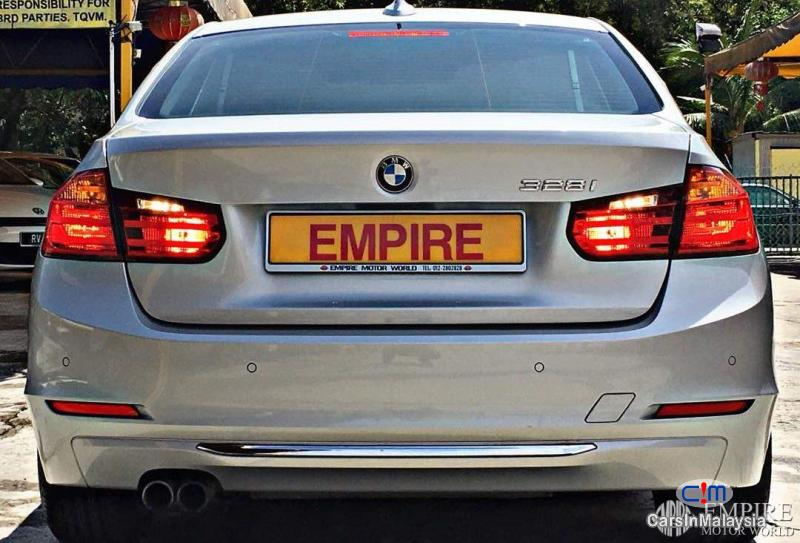 BMW 3 Series 328i Automatic 2013 - image 3