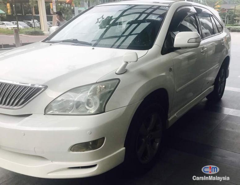 Picture of Toyota Harrier Automatic 2005
