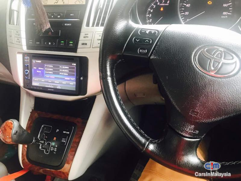 Picture of Toyota Harrier Automatic 2005 in Kuala Lumpur