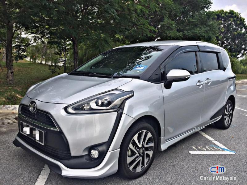 Picture of Toyota Sienta MPV Automatic 2018