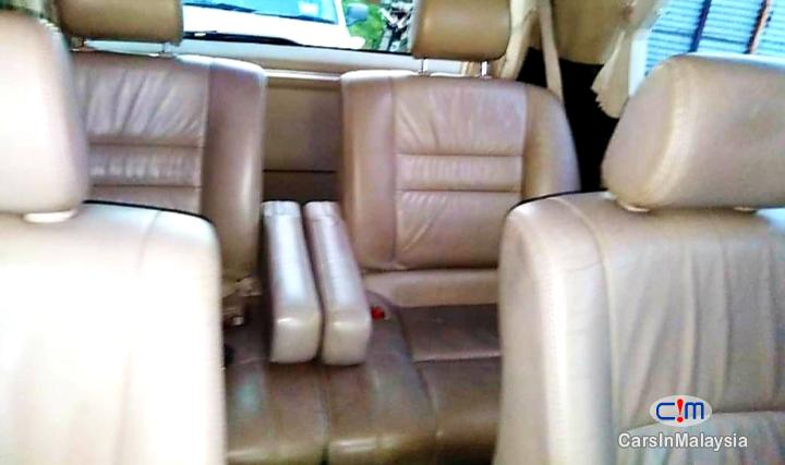 Picture of Toyota Alphard 2.4-LITER LUXURY FAMILY MPV Automatic 2008 in Malaysia