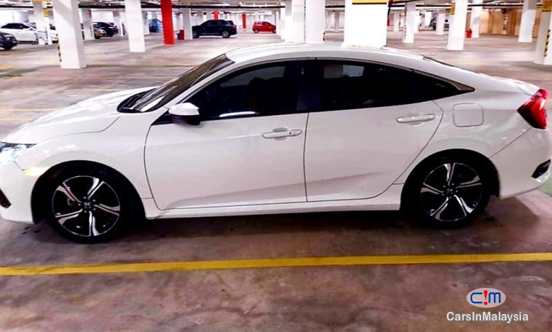 Honda Civic 1.5-LITER TURBO SPORTY SEDAN Automatic 2016 in Malaysia