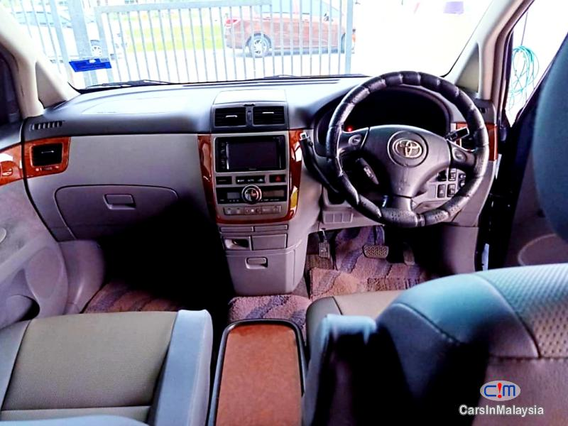 Toyota Ipsum 2.4-LITER FAMILY MPV 7 SEATER Automatic 2010 in Malaysia