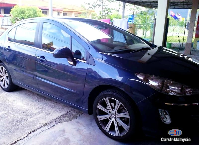 Peugeot 408 1.6-LITER LUXURY SEDAN TURBO Automatic 2015 in Johor