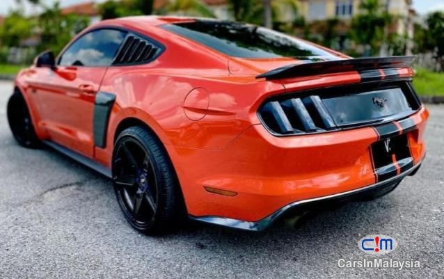 Ford MUSTANG 2300 Automatic 2019