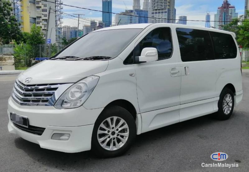 Picture of Hyundai Starex 2.5-LITER FAMIY MPV DIESEL TURBO Automatic 2014