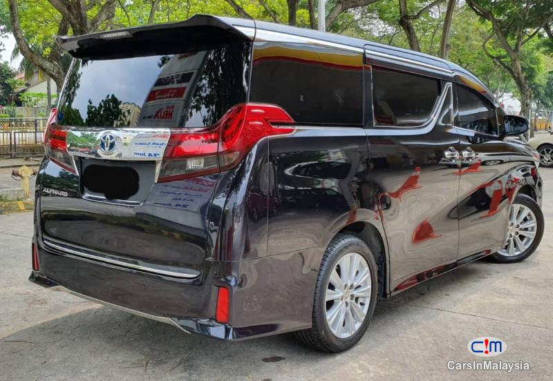 Toyota Vellfire Zg Manual 2015 - image 9