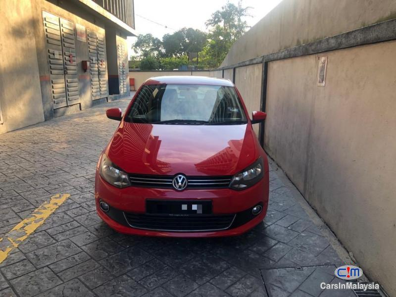 Picture of Volkswagen Polo sedan 1.6 Automatic 2015
