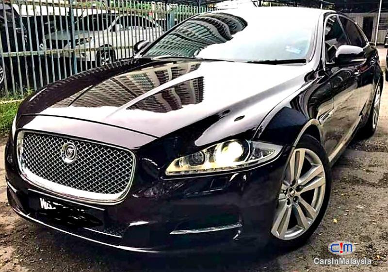 Picture of Jaguar XJL 2.0 Petrol Automatic 2014
