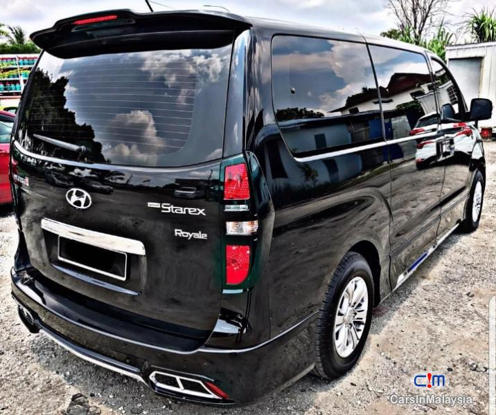 Hyundai Starex The Latest Model Facelift Automatic 2018 in Selangor