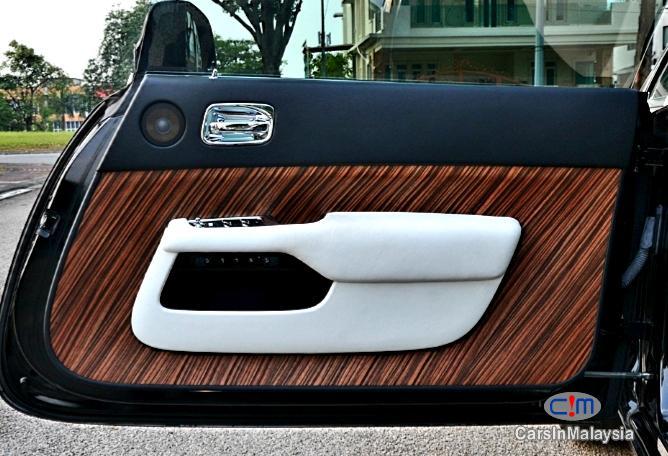 Rolls Royce Wraith 6.6-LITER VVIP LUXURY LIMOUSINE Automatic 2014 in Kuala Lumpur - image