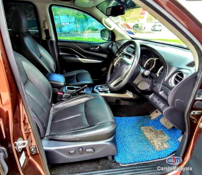 Nissan Navara 2.5-LITER 4X4 DOUBLE CAB DIESEL TURBO Automatic 2018 - image 10