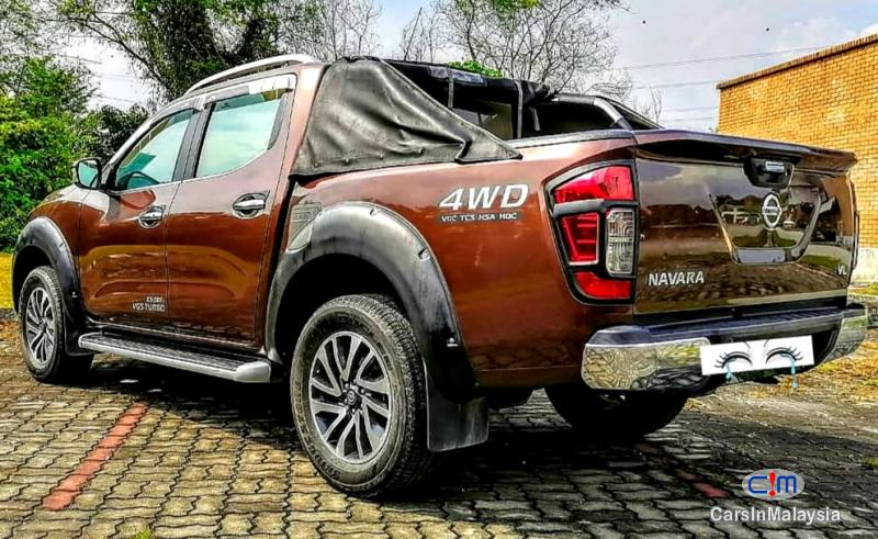 Nissan Navara 2.5-LITER 4X4 DOUBLE CAB DIESEL TURBO Automatic 2018 in Malaysia - image