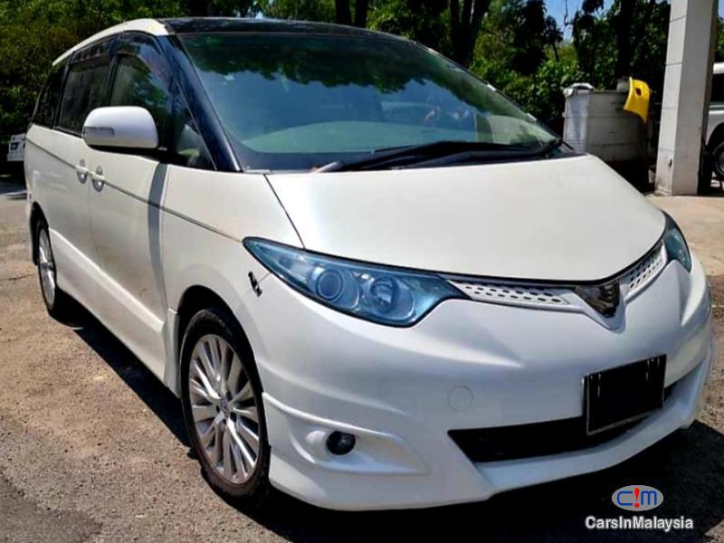 Toyota Estima 3.5-LITER LUXURY FAMILY MPV Automatic 2010