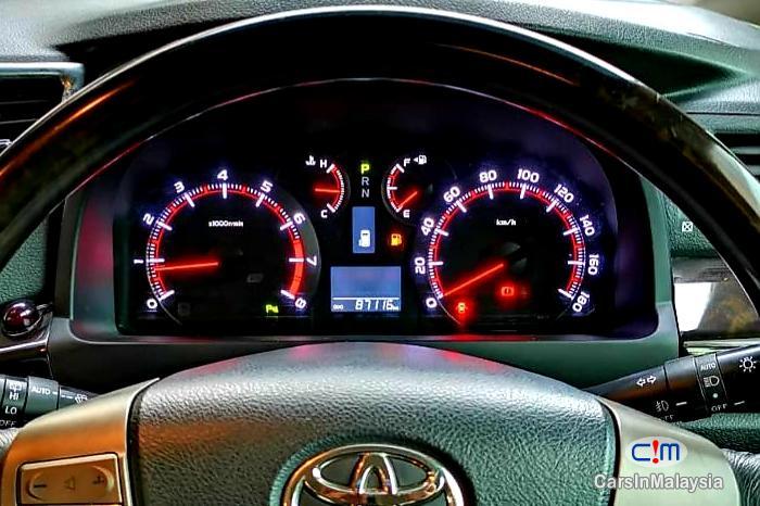 Toyota Vellfire 2.4-LITER GOLDEN EYES 7 SEATER LUXURY FAMILY MPV Automatic 2016 in Selangor - image