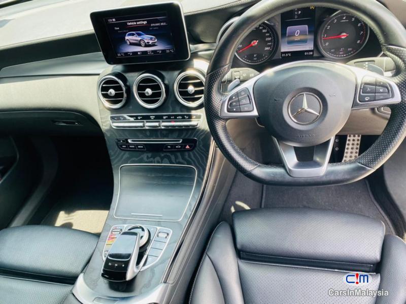 Mercedes Benz GLC250 2.0-LITER LUXURY SUV 2017 Automatic 2017 in Malaysia