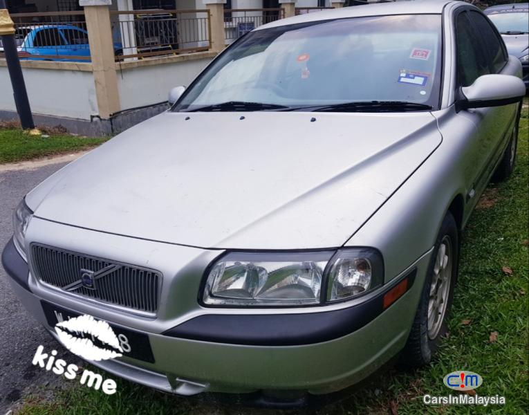 Pictures of Volvo S80 2.0-LITER OLD BIG CAR LUXURY SEDAN Automatic 2002