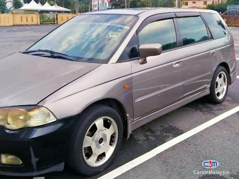 Honda Odyssey 2.3-LITER 7 SEATER FAMILY MPV Automatic 2000 in Malaysia