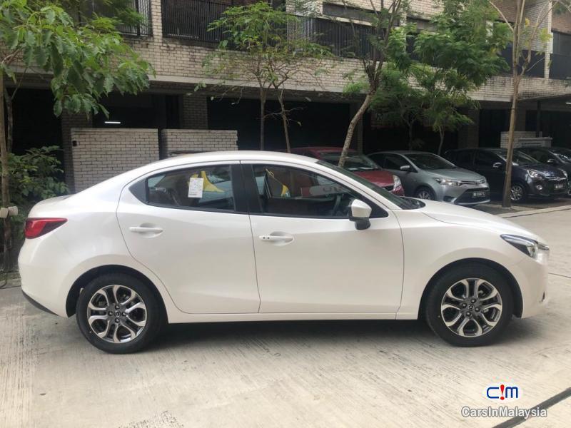 Mazda 2 G Automatic 2019