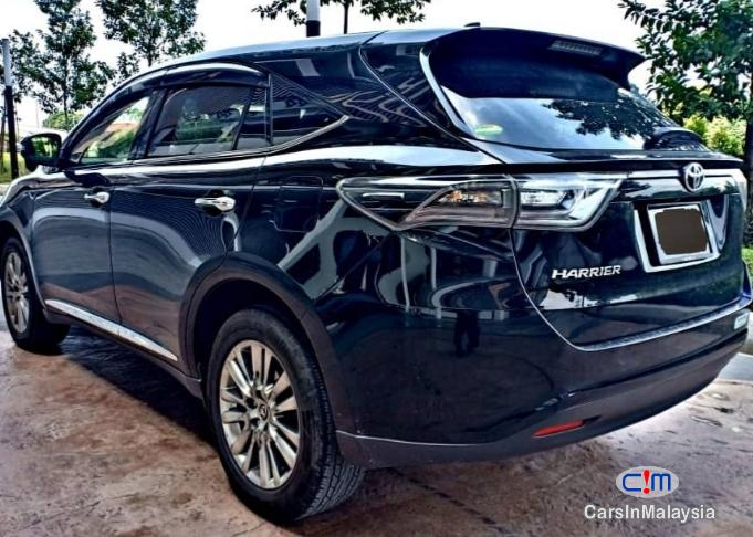 Picture of Toyota Harrier 2.0 Premium Japan Spec Automatic 2016 in Malaysia