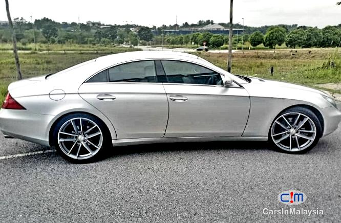 Picture of Mercedes Benz CLS 350 3.5 LITER V6 ENGINE Automatic 2011