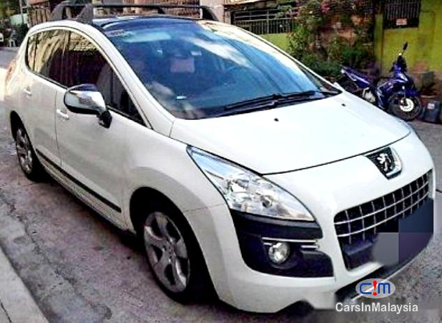 Pictures of Peugeot 3008 SUV 5 SEAT Automatic 2014