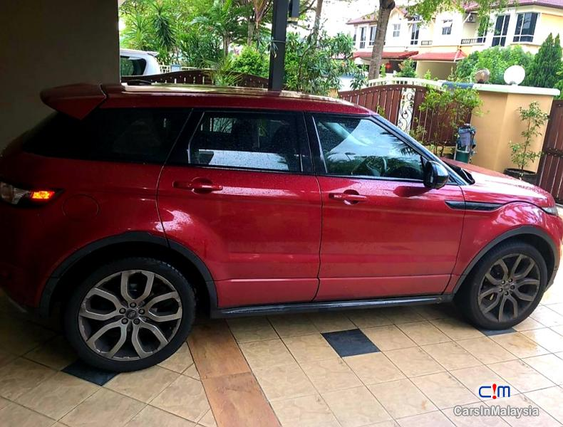Land Rover Range Rover Evoque 2.0-LITER LUXURY SUV Automatic 2015