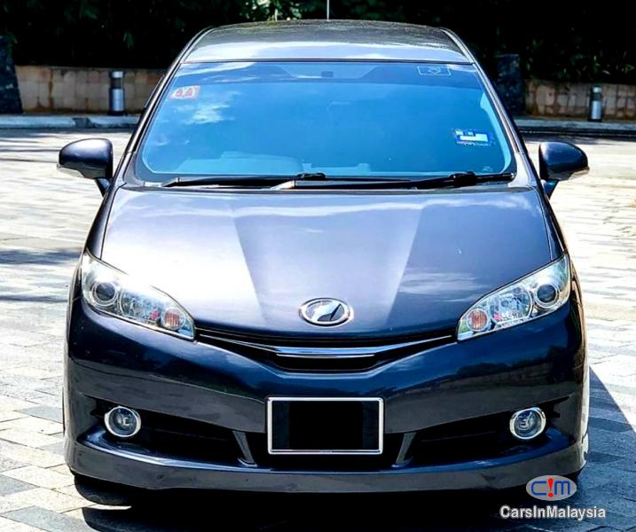 Picture of Toyota Wish 1.8-LITER FAMILY MPV Automatic 2013