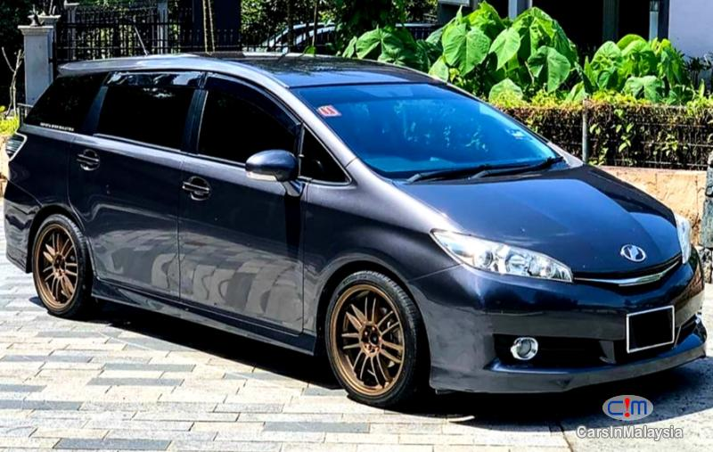 Toyota Wish 1.8-LITER FAMILY MPV Automatic 2013 in Kuala Lumpur