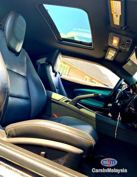 Chevrolet Camaro 6.2-LITER LUXURY SUPER CAR Automatic 2011 - image 11