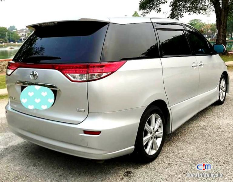 Pictures of Toyota Estima 2.4-LITER LUXURY FAMILY MPV 7 SEATER Automatic 2012
