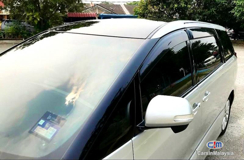 Toyota Estima 2.4-LITER LUXURY FAMILY MPV 7 SEATER Automatic 2012 in Malaysia - image