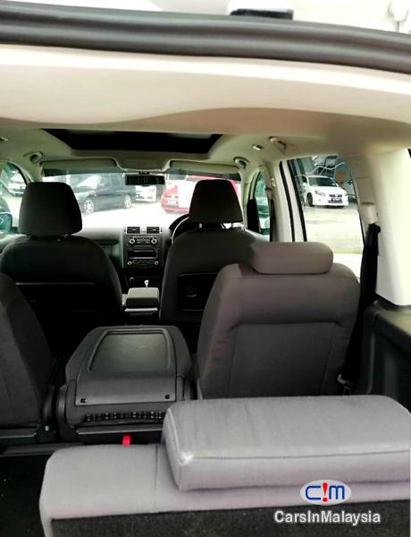 Volkswagen Cross Touran 1.4-LITER TSI FUEL SAVER FAMILY MPV Automatic 2012 - image 9