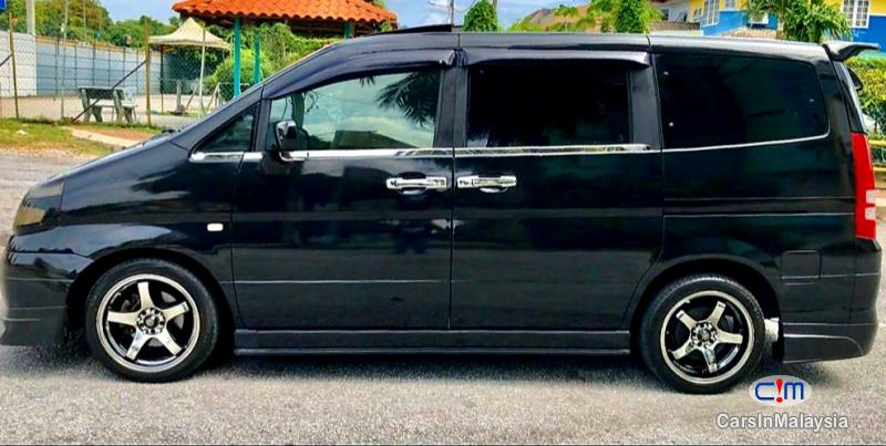 Pictures of Nissan Serena 2.0-LITER MPV FA7 SEATER Automatic 2012