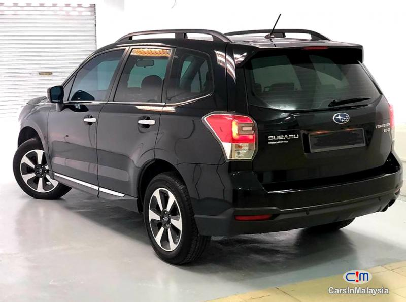 Subaru Forester 2.0-LITER AWD FAMILY SUV Automatic 2017