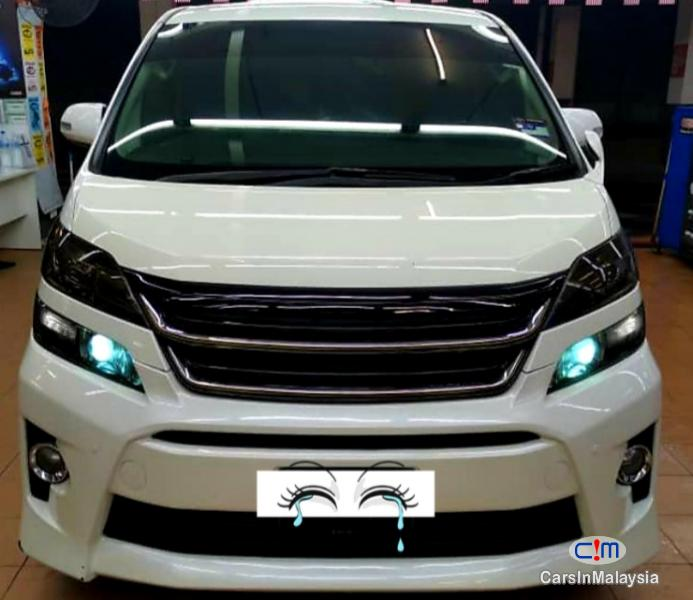 Picture of Toyota Vellfire 2.4-LITER 7 SEATER LUXURY FAMILY MPV Automatic 2013
