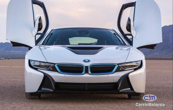 Picture of BMW i 1.5-LITER E-DRIVE HYBRID SUPER SPORTCAR Automatic 2019