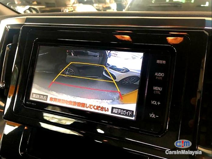 Toyota Vellfire 2.5-LITER LUXURY MPV NEW ROBOT MODEL FACELIFT Automatic 2020 in Malaysia