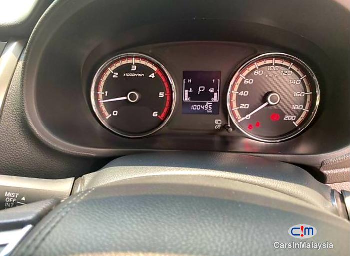 Mitsubishi Triton 2.5-LITER DOUBLE CAB CHASSIS 4X4 DIESEL TURBO Automatic 2017 in Malaysia