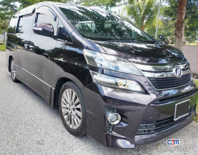 Picture of Toyota Vellfire 2.4-LITER LUXURY MPV 7 SEATER GOLDEN EYE Automatic 2018