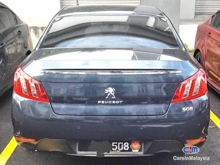Peugeot 508 16-LITER LUXURY SEDAN TURBO Automatic 2011