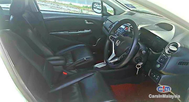 Honda Insight 1.4-LITER FUEL ECONOMY SEDAN HYBRID Automatic 2012 in Malaysia