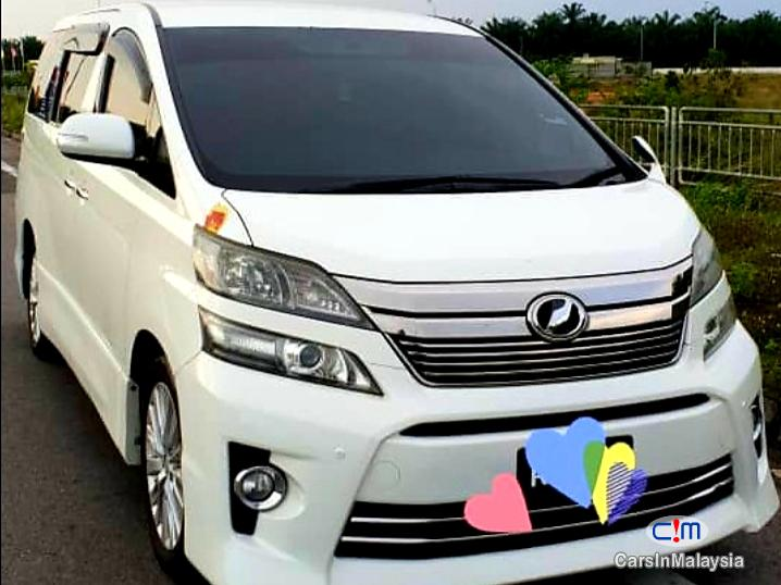 Picture of Toyota Vellfire 2.4-LITER LUXURY FAMILY MPV Automatic 2012