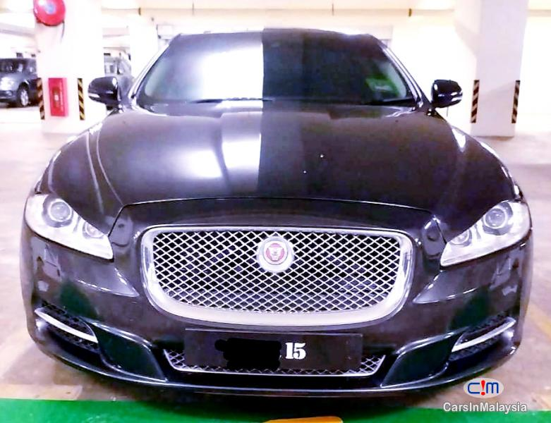 Picture of Jaguar 2.0-LITER LUXURY SEDAN TURBO Automatic 2014