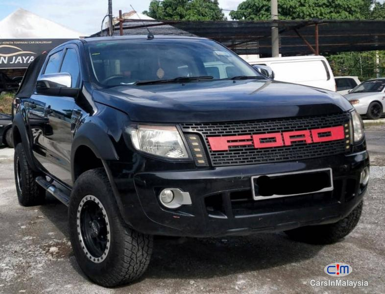 Ford Ranger 2.2-LITER DIESEL 4X4 DOUBLE CAB CHASSIS Automatic 2015 - image 10
