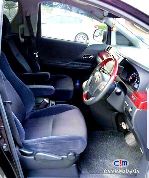 Toyota Vellfire 2.4  Mpv Automatic 2011 - image 10