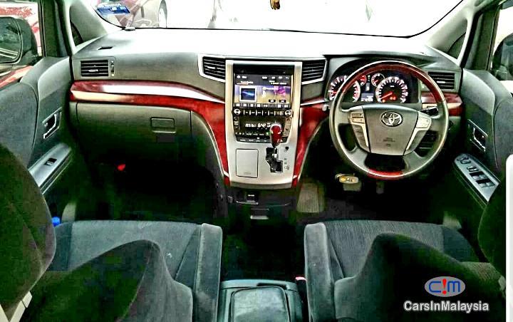 Toyota Vellfire 2.4  Mpv Automatic 2011 - image 11