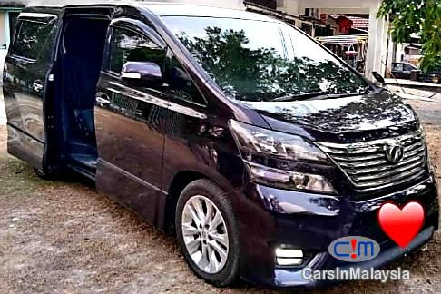 Picture of Toyota Vellfire 2.4 Mpv Automatic 2011