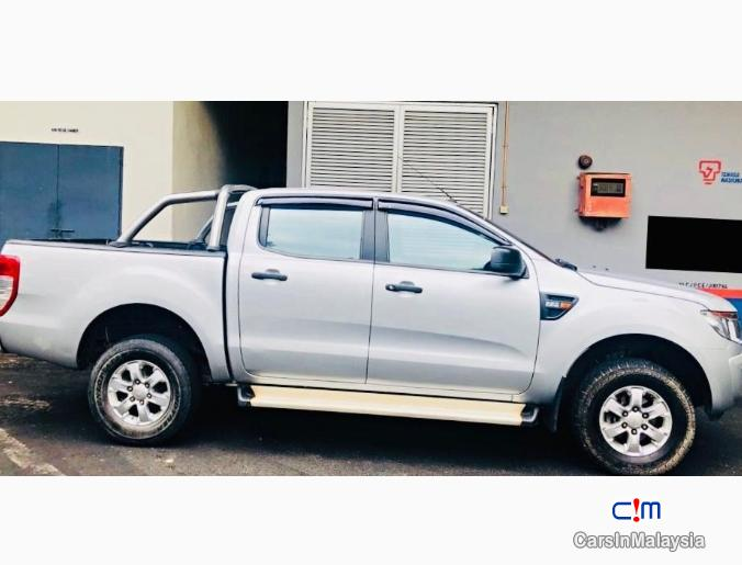 Ford Ranger 4WD 4X4 DOUBLE CAB MANUAL TURBO Manual 2014 - image 9